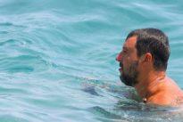Riskantes Manöver: Kalte Dusche für Salvini