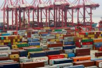 Zollkrieg: Chinas Importe aus Amerika fallen