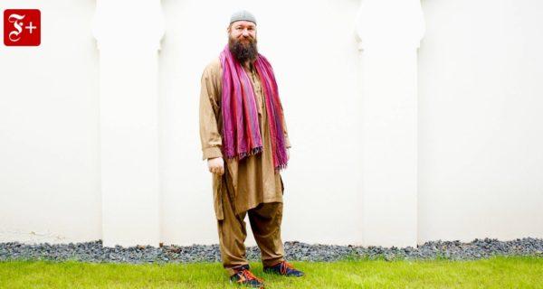 Imam und schwul: Nur eine Moschee fehlt ihm noch