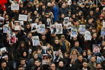 """Trauerzug in Hanau: """"Wir sind Deutschland, wir gehören zusammen"""""""