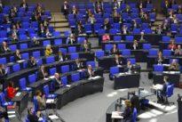 Corona-Hilfe im Bundestag: Gesetzgebung im Schnellverfahren