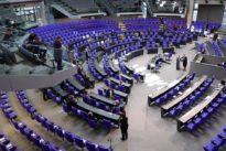Corona-Krise im Bundestag: Abgeordnete bereit für mehr Hilfen