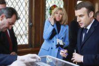 Viele Wahlhelfer infiziert: Hat Macron Leben aufs Spiel gesetzt?