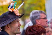 Demonstrationen wegen Corona: Keiner protestiert wie die Deutschen